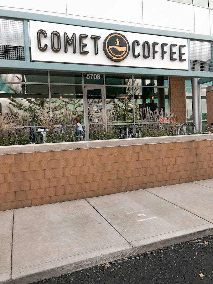 Comet Coffee Outside